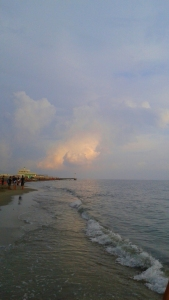 2016-09-11-ostia-beach-glowing-clouds