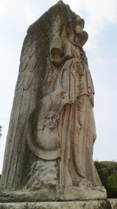 20160910_ostia-antica-entry-angel