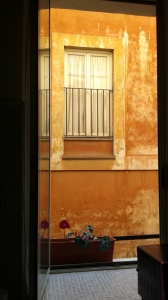 20160911-rome-view-from-our-apt-golden-glow